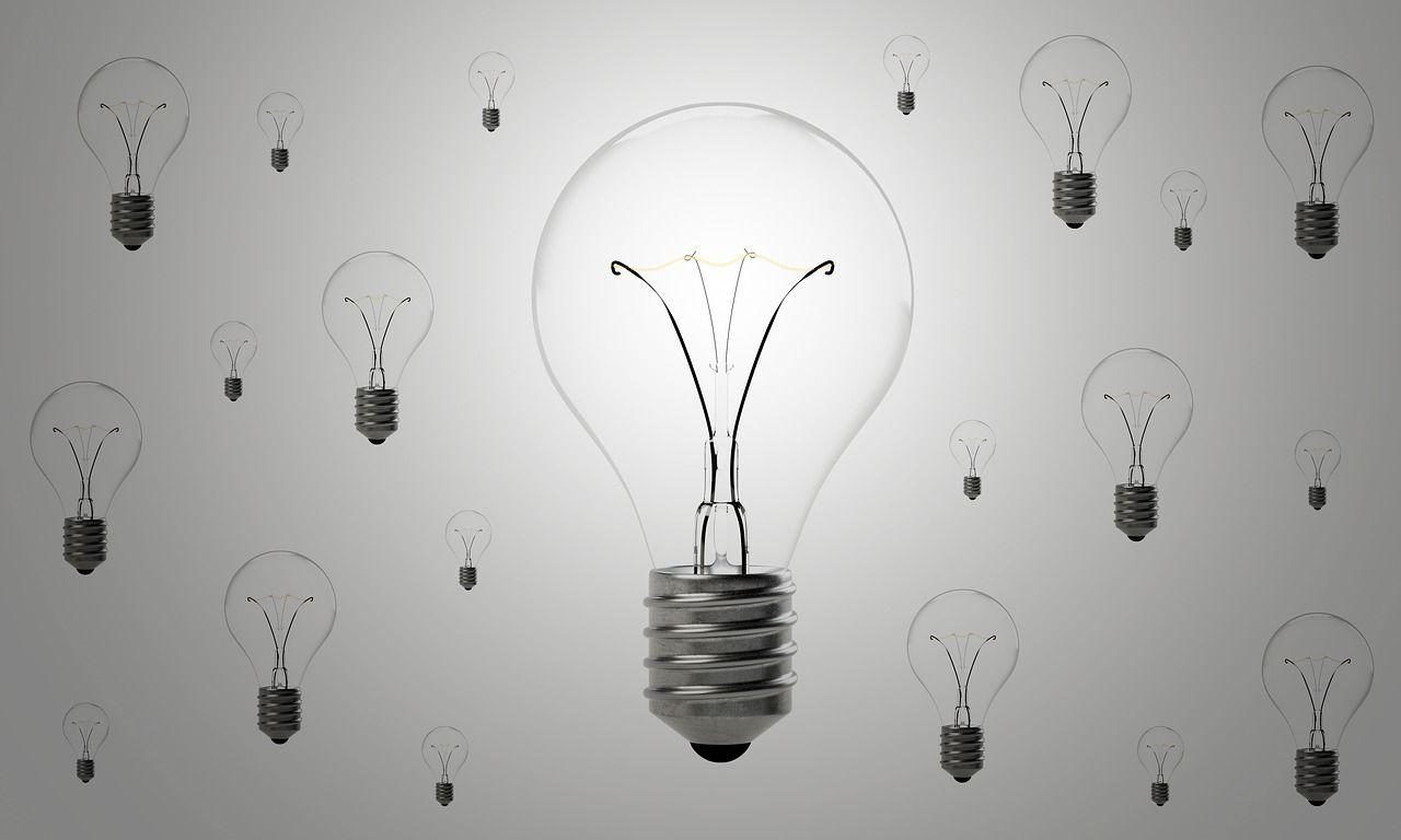 lightbulbs-1875257_1280.jpg