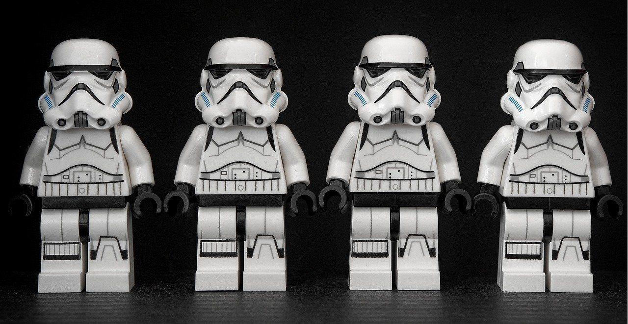 stormtrooper-1343772_1280.jpg