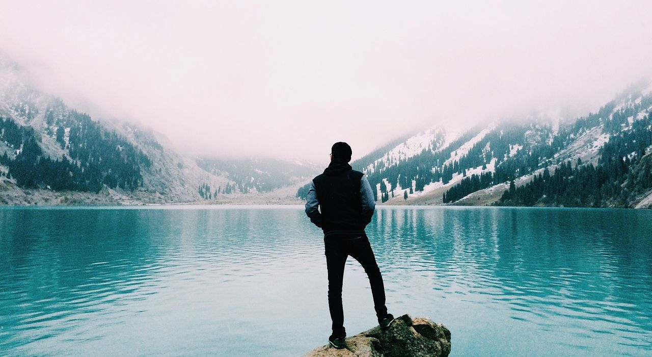 mountain-lake-1030924_1280.jpg