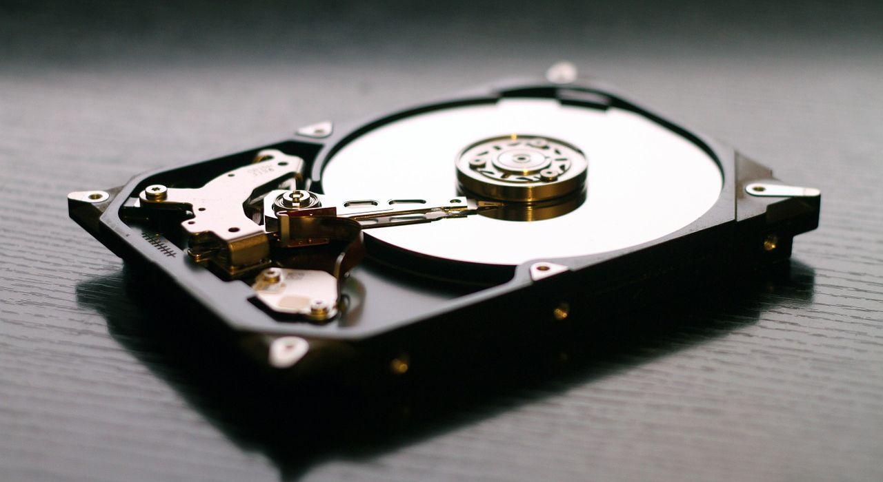 hard-drive-607461_1280.jpg